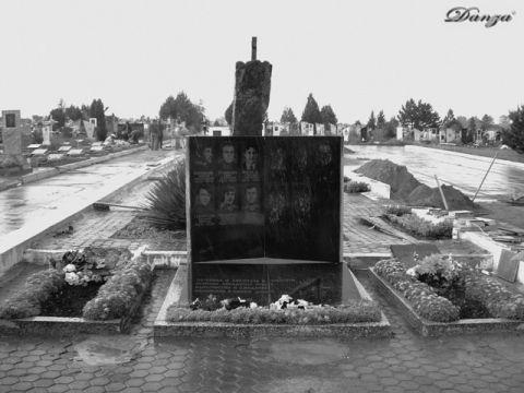 cimitero dei caduti nella guerra del '92 - Bender