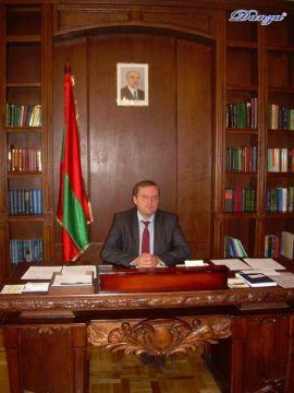 in visita al ministro degli Esteri - Vladimir Yastrebchak
